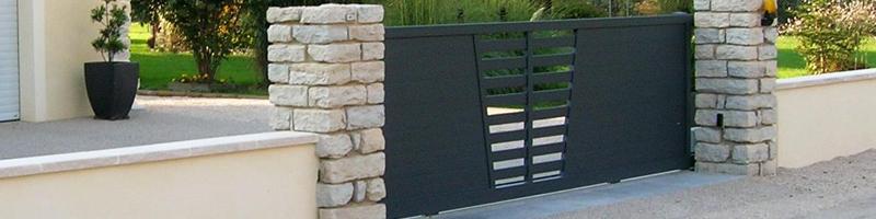 peindre un portail en fer